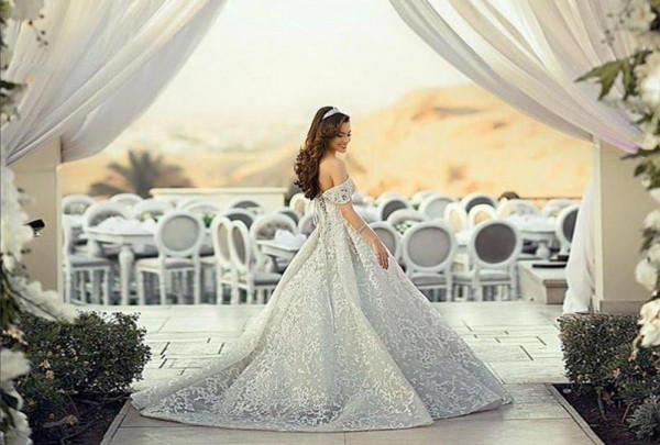شاهدي: أرقى فساتين زفاف موديل سندريلا
