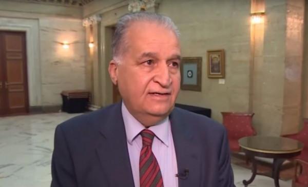 السفير جرادات يطلع وكيل وزارة الخارجية العُمانية للشؤون الدبلوماسية على آخر التطورات