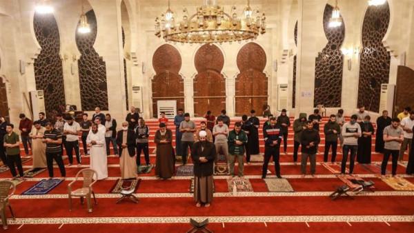 """""""الأوقاف"""" بغزة تصدر تصريحاً بعد قرار خلية الأزمة تخفيف الإجراءات"""