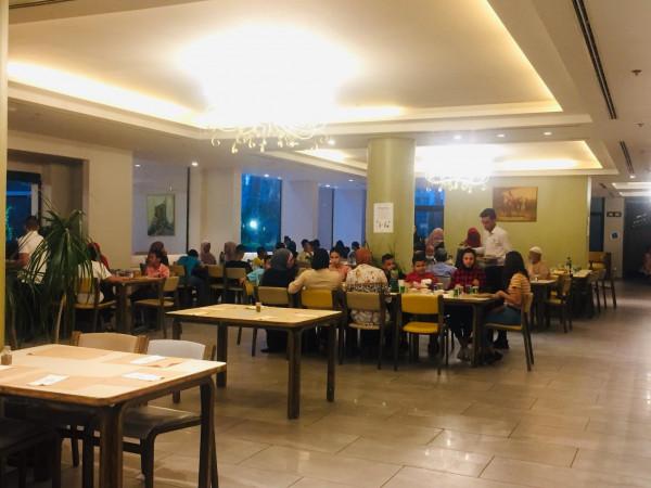 """جمعية الإسراء الخيرية تنظم إفطاراً خيرياً برعاية """"فاعل خير"""""""