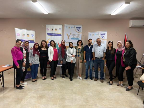 جمعية الشابات المسيحية في فلسطين تختتم الدورة الأولى من برنامج التدريب الوظيفي