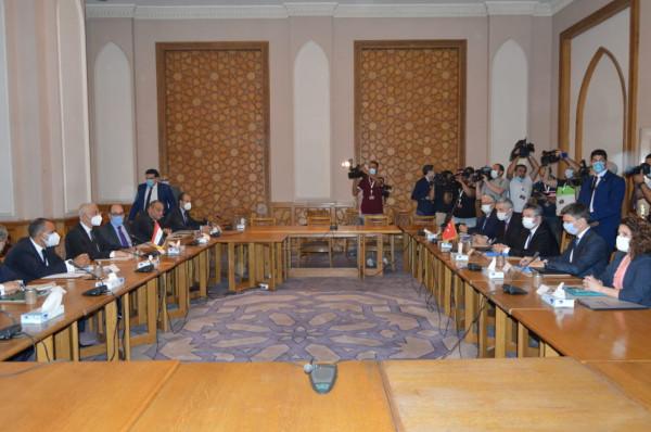 انطلاق المشاورات السياسية بين مصر وتركيا في القاهرة