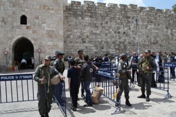 تعزيزات عسكرية احتلالية في القدس وإغلاق شوارع مؤدية للأقصى