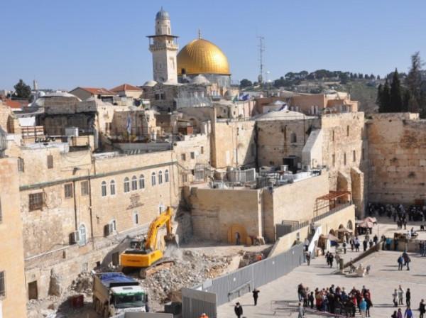 الخارجية: حراك متواصل لوقف جرائم الاحتلال والمستوطنين في القدس