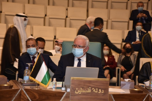 المالكي يبحث مع ووزير خارجية الفاتيكان آخر التطورات الفلسطينية