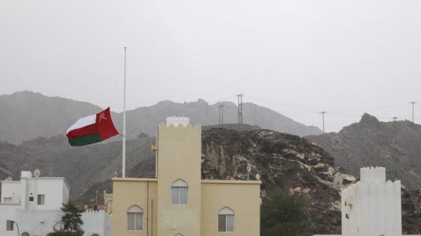 سلطنة عمان تبدأ حظر استقبال مواطني 14 دولة