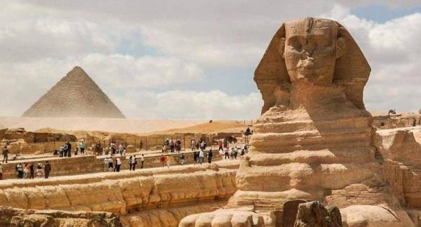 مصر تبدأ تنفيذ إجراءات صارمة قبيل عيد الفطر