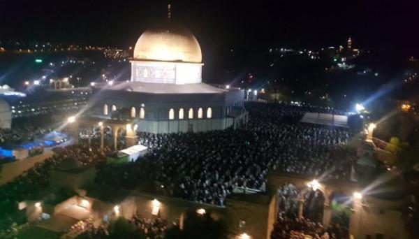 حمادة: ندعو الفلسطينيين للزحف نحو المسجد الأقصى ليلة القدر