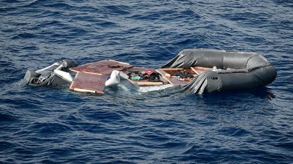 مصرع 28 شخصا وفقدان سبعة آخرين بغرق قارب في النيجر