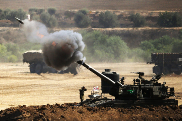 مدفعيات الاحتلال تقصف مواقع للمقاومة جنوب وشمال القطاع