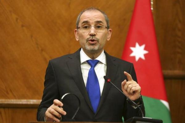 الصفدي: سلطات الاحتلال الإسرائيلي تتحمل المسؤولة عما يجري بفلسطين