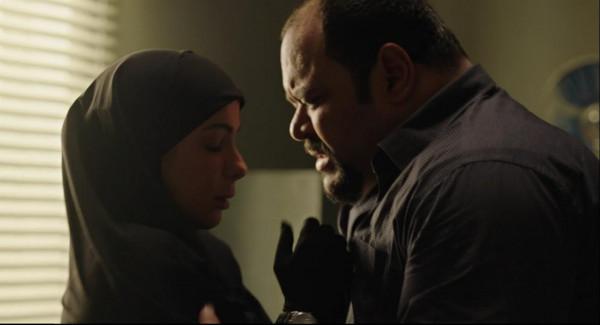 """محمد ممدوح يُقيّم أداء منى زكي بمسلسل """"لعبة نيوتن"""""""