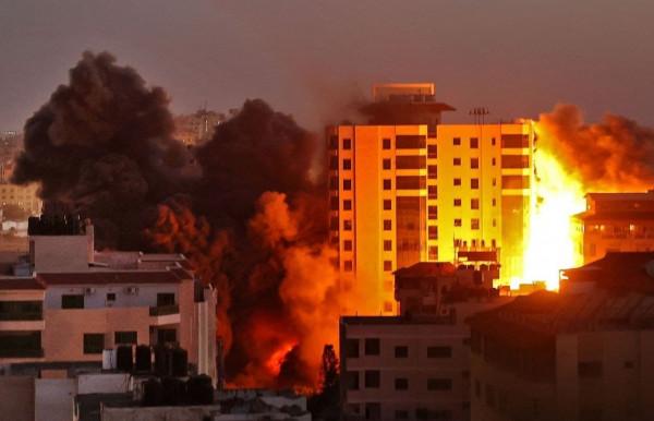 """""""النضال الشعبي"""" تحذر من جرائم الحرب الإسرائيلية على غزة وتدعو لتشكيل قيادة وطنية"""
