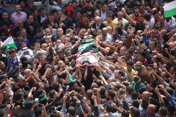 تشييع الشهيد أحمد دراغمة في نابلس وسط مطالبات بالثأر