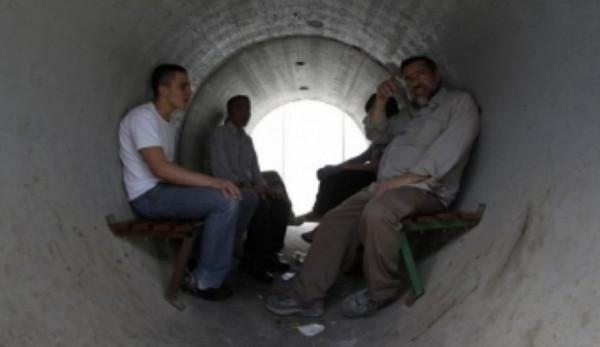 جيش الاحتلال يطلب من مستوطني غلاف غزة البقاء في الملاجئ