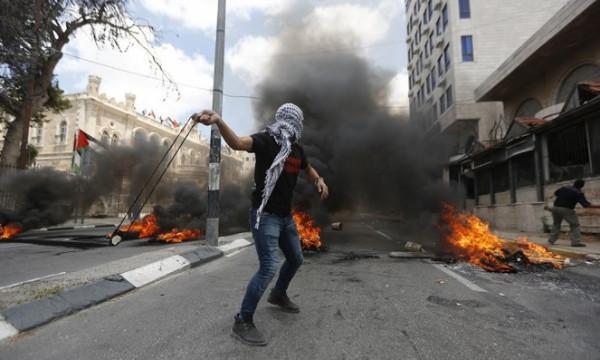 الهلال الأحمر: طواقمنا تعاملت مع 139 إصابة في الضفة والقدس