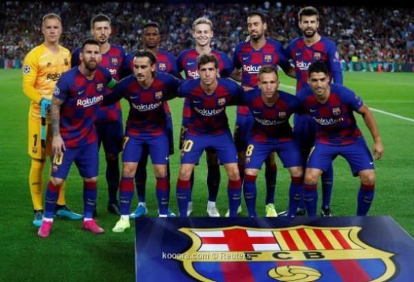 برشلونة يخطط لإعادة هيكلة قائمة لاعبيه.. والاستغناء عن14 لاعب