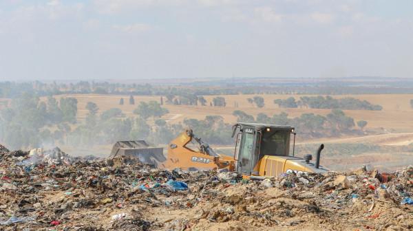 بلدية غزة توضح سبب إغلاق مكب النفايات بجحر الديك