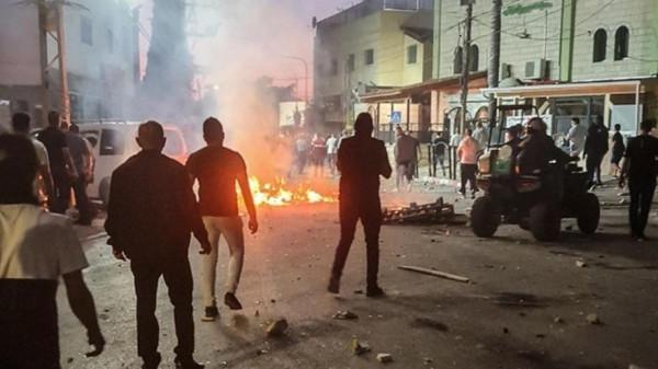 مواجهات ومسيرات متواصلة في الضفة نصرة للقدس وغزة