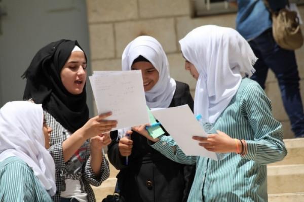 """""""التعليم"""" بغزة تدعو طلبة الصف 12 """"التوجيهي"""" إلى عدم القلق أو التوتر"""