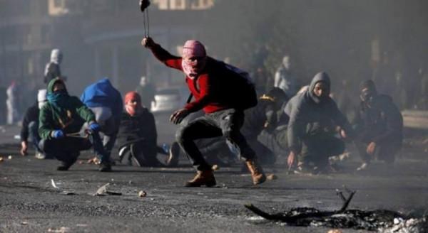 حماس تعقب على المواجهات بين الشبان الفلسطينيين وقوات الاحتلال بالضفة