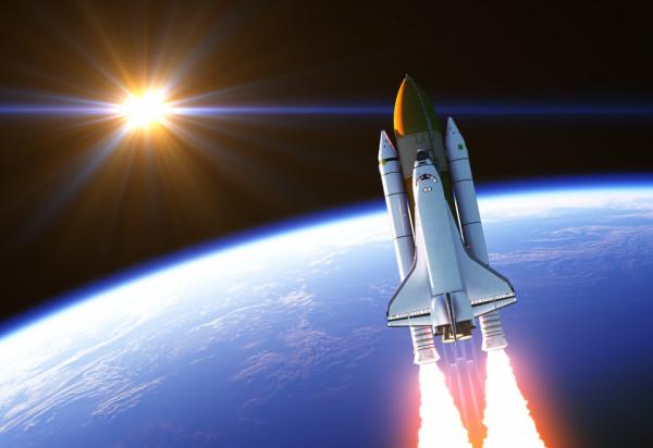 شاهد: أغنى رجل في العالم يحقق حلم طفولته بالذهاب للفضاء
