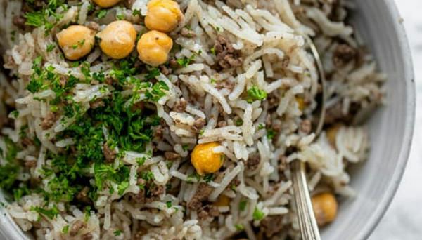 طريقة تحضير أرز باللحم والحمص الحب