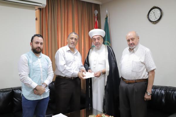 صندوق الخير يتسلم حصيلة تبرعات مدينة صيدا لحملة إسناد القدس وغزة