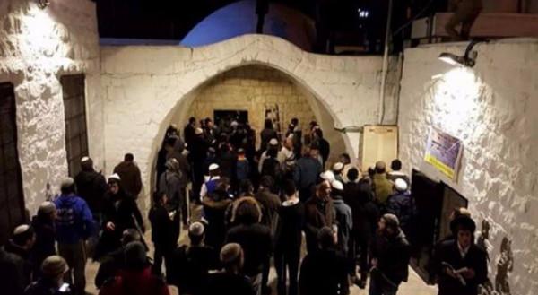 إصابات خلال اقتحام قبر يوسف شرق نابلس