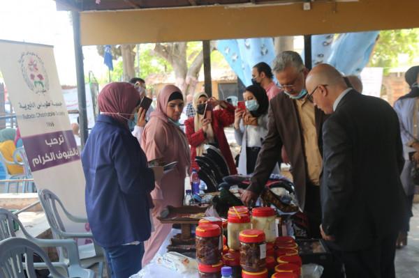 """محافظ طولكرم يطلق حملة """"ادعم حق المرأة بالعمل"""""""