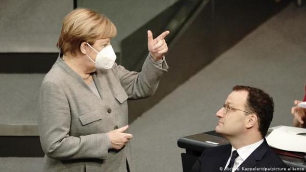 """ألمانيا: هجوم حاد على وزير الصحة بسبب """"الكمامات الرديئة"""""""