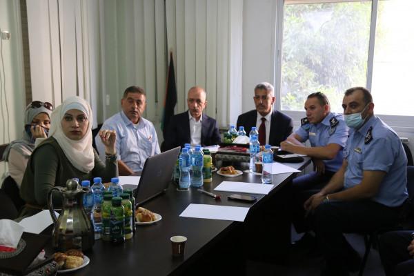 المطور يناقش بعض القضايا البيئية مع مجالس قرى غرب رام الله