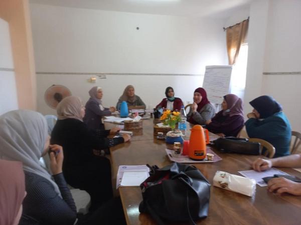 اجتماع موسع للحملة النسائية لمقاطع البضائع الإسرائيلية في مقر الاتحاد العام للمرأة الفلسطينية