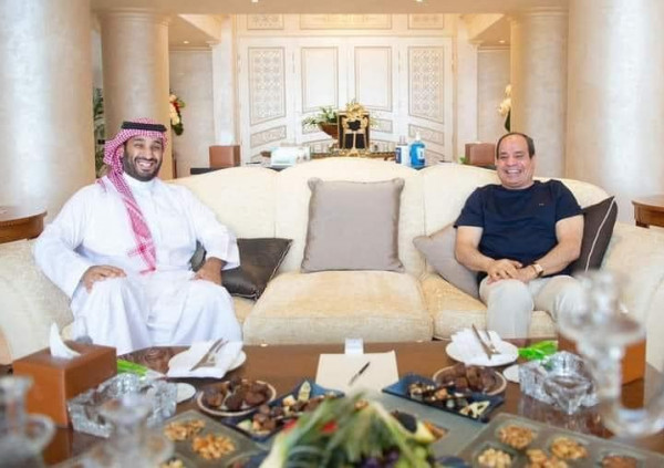الرئيس السيسي والأمير محمد بن سلمان يبحثان سبل تطوير العلاقات بين البلدين
