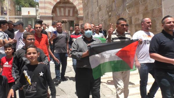 التكبيرات تصدح في المسجد الإبراهيمي احتجاجاً على منع الاحتلال لرفع الأذان
