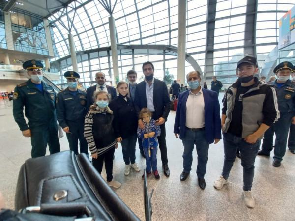 طائرتان روسيتان تنقل مواطنين إلى أراضيها عبر معبر رفح