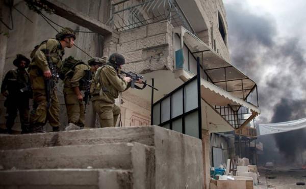 الاحتلال يقمع تظاهرة سلمية في نابلس
