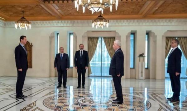 الأسد يتقبل أوراق اعتماد السفير الفلسطيني الجديد