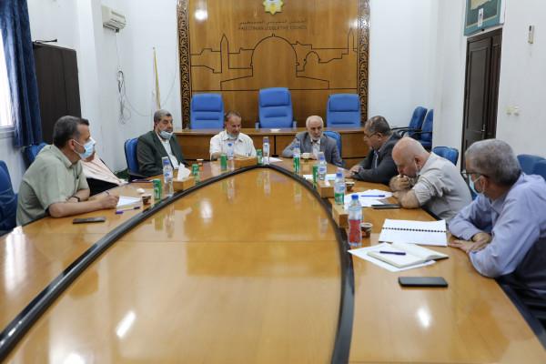 """لجان بـ """"التشريعي"""" تلتقي وزارة الأشغال العامة والإسكان"""