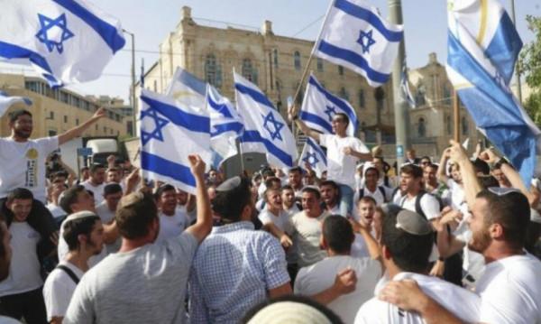"""""""الديمقراطية"""": سيكسر شعبنا غداً الثلاثاء شوكة المستوطنين على أراضي القدس"""