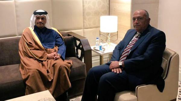تفاصيل لقاء وزير خارجية قطر بنظيره المصري