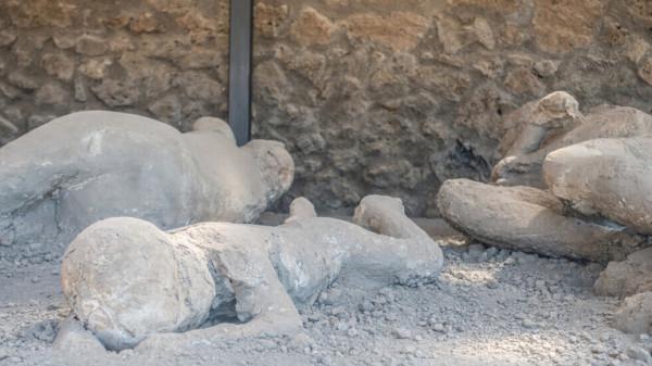 """شاهد: اكتشاف """"بومبي صغيرة"""" في شمال إيطاليا"""