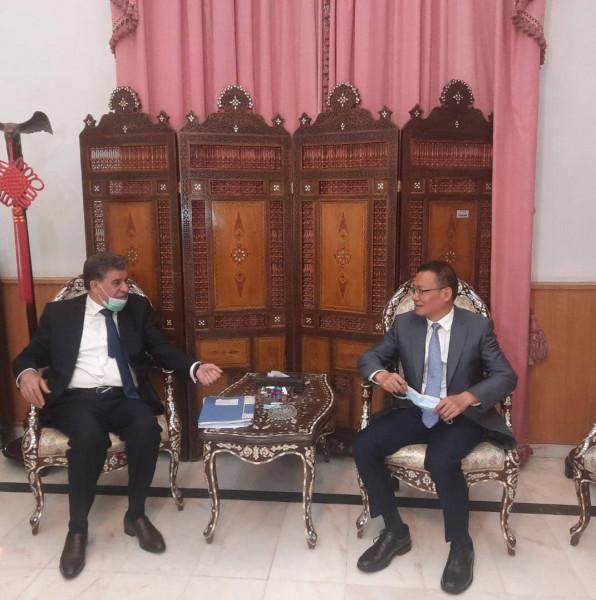 السفير عبد الهادي يطلع سفير الصين على آخر مستجدات الأوضاع في فلسطين
