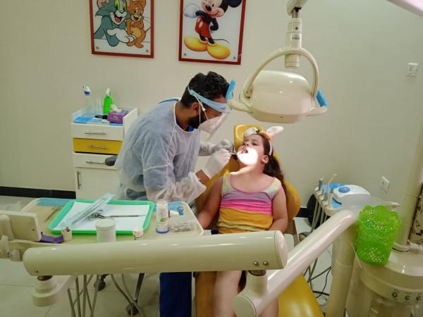 فريق الحنّون الإعلامي يختتم حملة الأسنان بعنوان ( جمالك بيهيني)