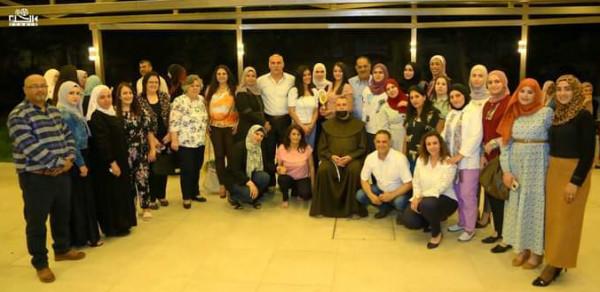 اتحاد نقابات عمال فلسطين بيت الشعب ونقابة المعلمين يكرمان المعلمين المبدعين
