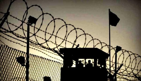 مركز فلسطين: ارتفاع قائمة عمداء الأسرى بسجون الاحتلال لـ78 أسيراً
