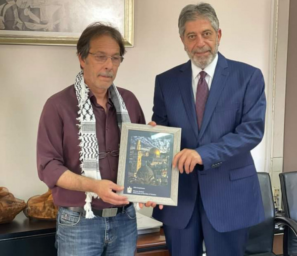 السفير طوباسي يكثف اتصالاته مع البلديات اليونانية لتعزيز دعم القضية الفلسطينية