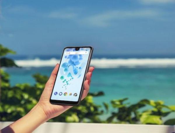 كيف تحمي هاتفك الذكي من الحرارة خلال الصيف؟