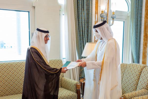 بعد إعادة العلاقات.. وزير خارجية قطر يتسلم أوراق اعتماد سفير السعودية