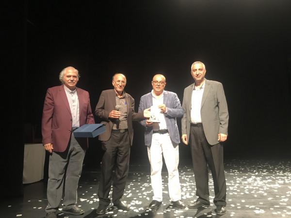 الحكواتي يكرم وزير الثقافة عاطف أبو سيف